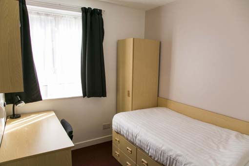 Refurbished Room Varsity Cambridge.jpg